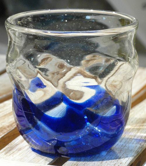 透モールグラス樽型青 ¥2.200(税抜)